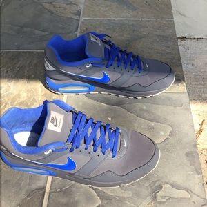 Men's Nike Air Max size 13